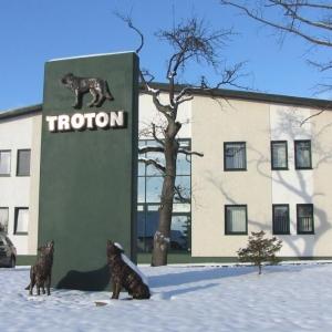 troton-14